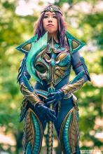 Nefeni Cosplay in her Glass Skyrim Armor