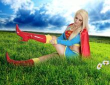 Kristen Hughey Supergirl Cosplay